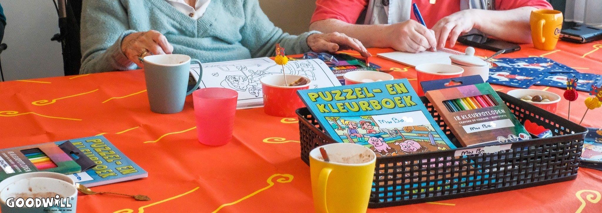Kleurboeken bij dementie zorgcentra zeer populair