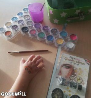 Nieuwe schminkspullen voor Youke-Goodwill.nl