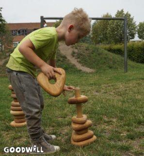 Spelen met ringentorens-Goodwill_nl